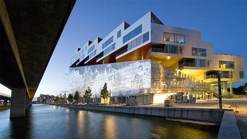 victor_ash_vm_bjerget_vm_building